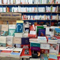 Toujours plus de belles lectures sur nos tables et nos étagères : à lire et à partager !